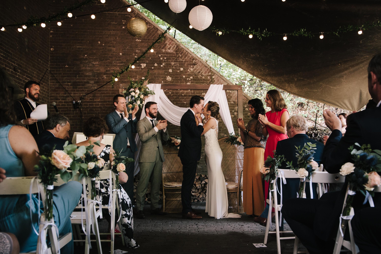 Intieme bruiloft bij Fort Vechten // Maarten & Eline