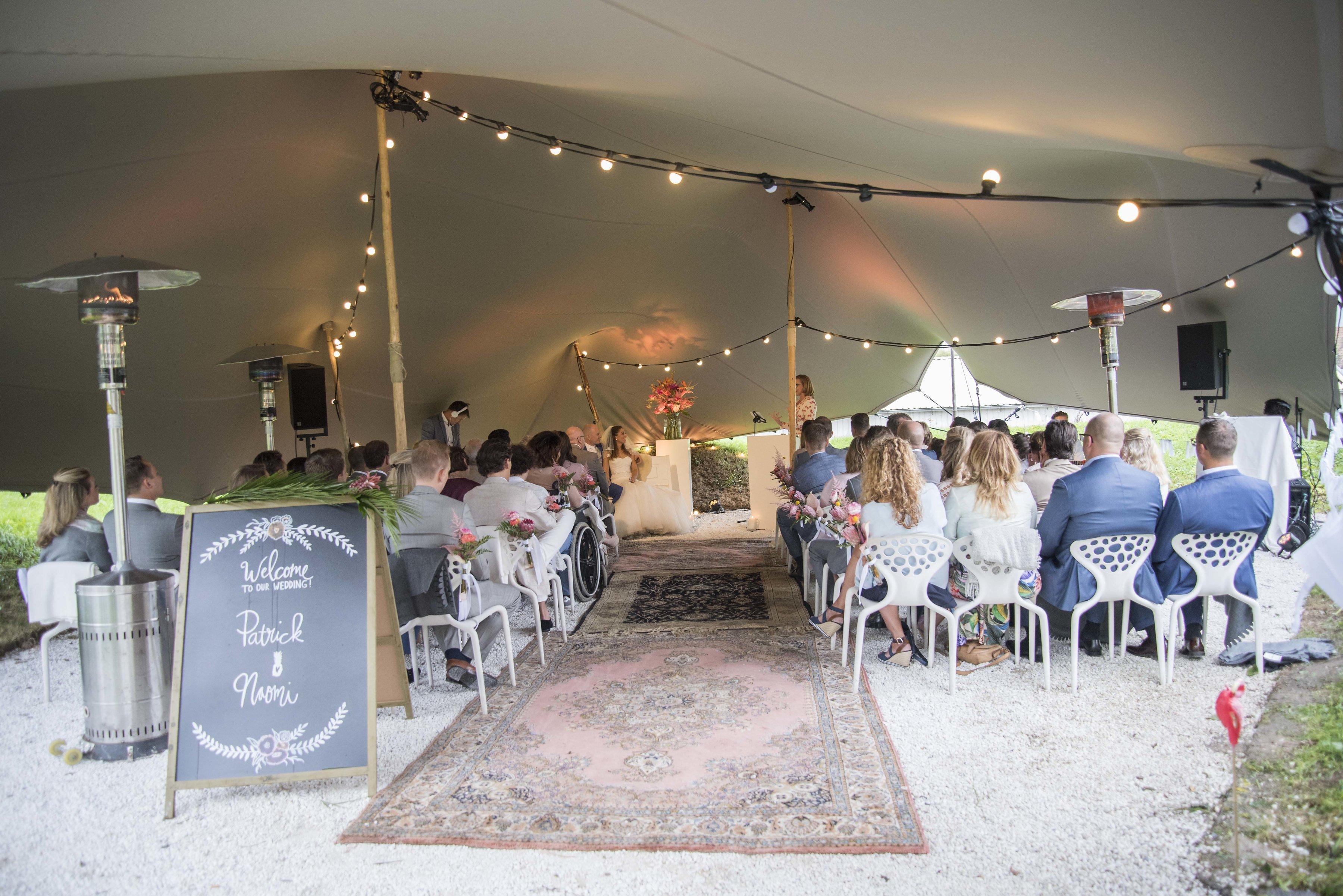 Tropische bruiloft bij Paviljoen Puur // Patrick & Naomi