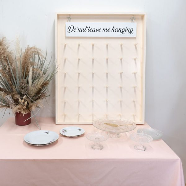 donutwall huren the bridal blush bruiloft