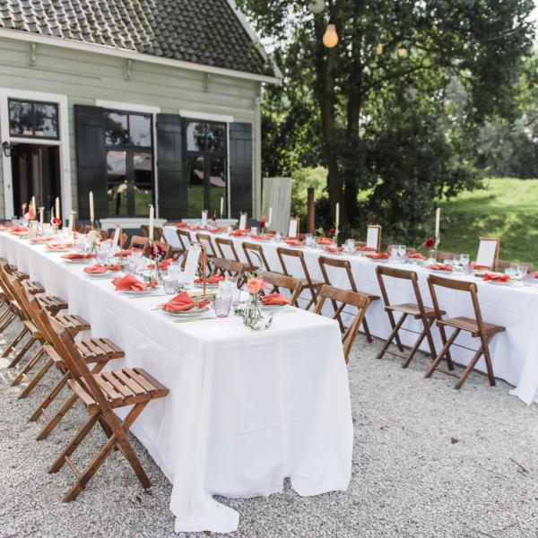 tafelsetting huren bruiloft the bridal blush