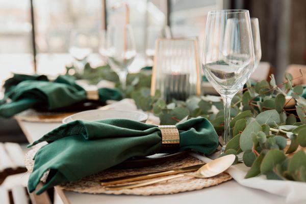 the bridal blush servet huren bruiloft
